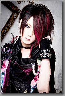 member_04